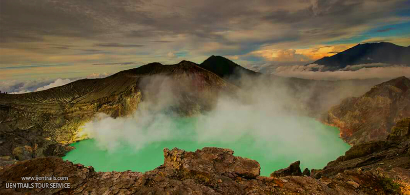 Ijen Crater Tour Packages