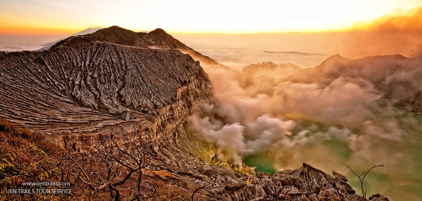 Ijen Sunset And Blue Fame Tour Packages